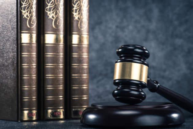 【図解】刑事事件の裁判の流れ 判決までの期間・手続きの詳細を解説する