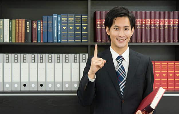 刑事事件を弁護士に依頼するメリットと弁護士の選び方