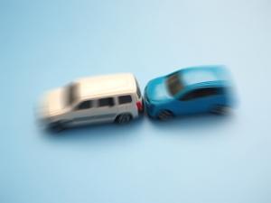 追突事故・過失運転致傷のすべてを徹底解説|追突事故の意味・時効・懲役・慰謝料は?